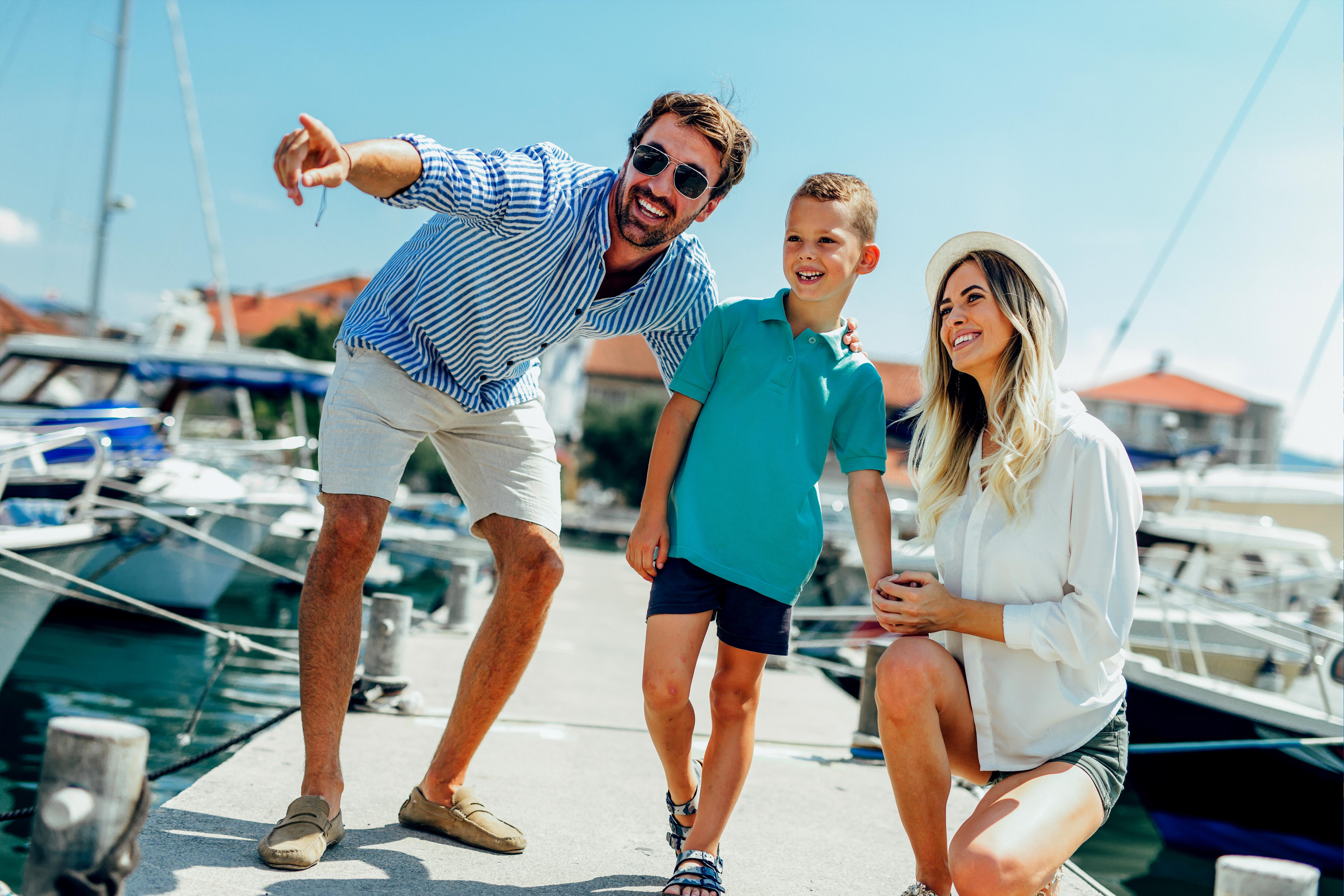 wifi-family-boating